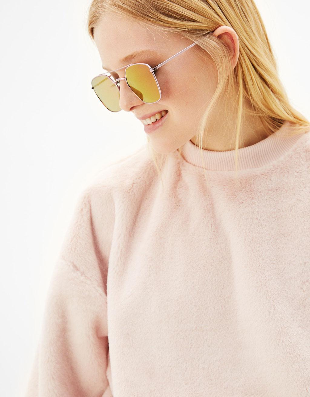 Hexagonal mirrored sunglasses
