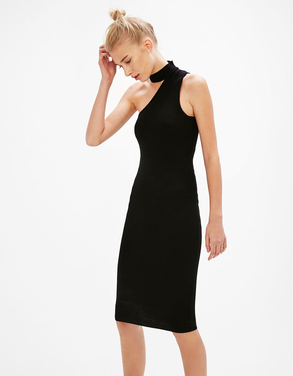 Long asymmetric choker neck dress