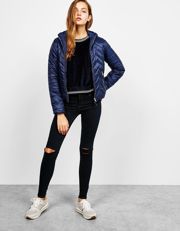 Tenká bunda BSK z nylonu s kapucí