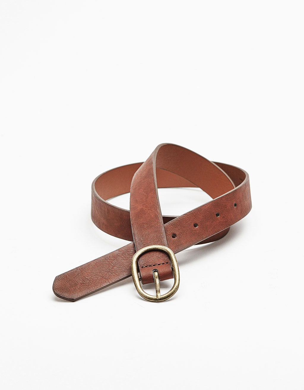 Large buckle belt
