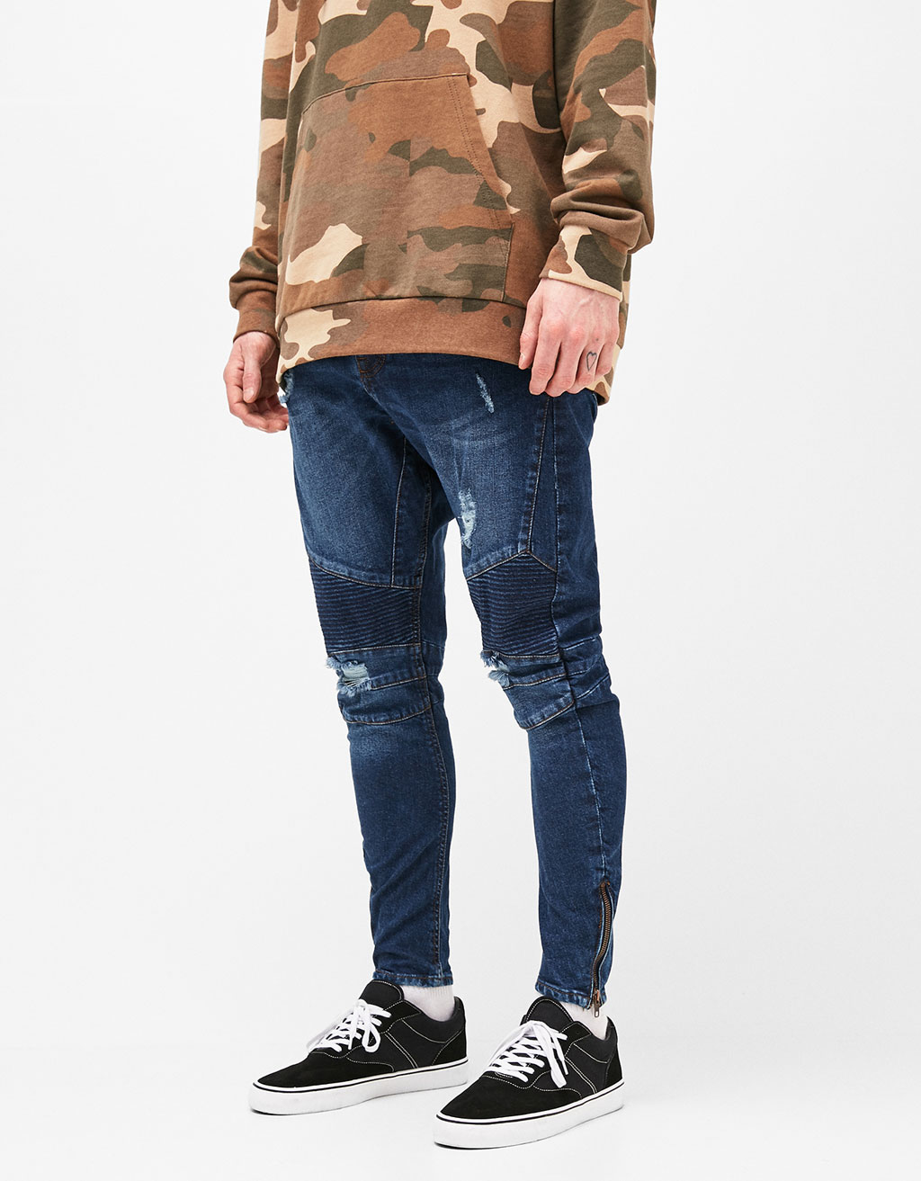 Arc fit jeans with zips