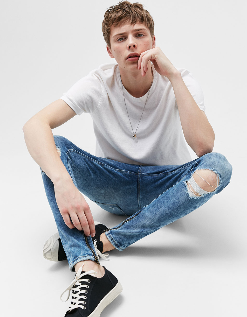 Ripped SuperSkinny jeans with zips