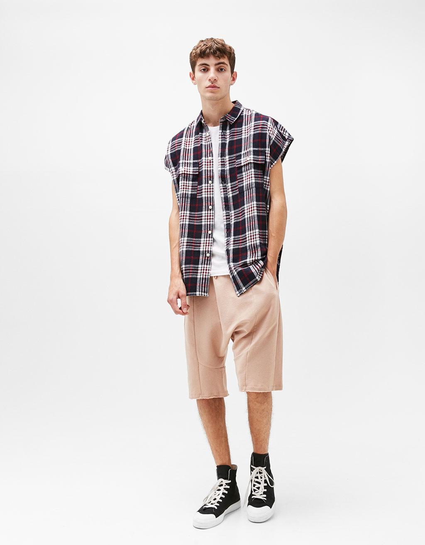 Checked sleeveless shirt
