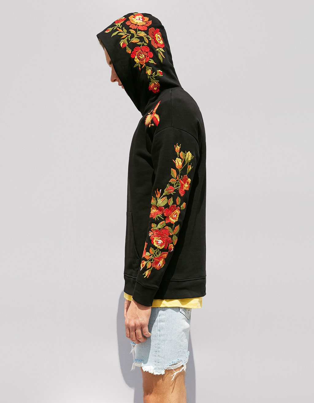 Hooded plush jersey sweatshirt with floral embroidery