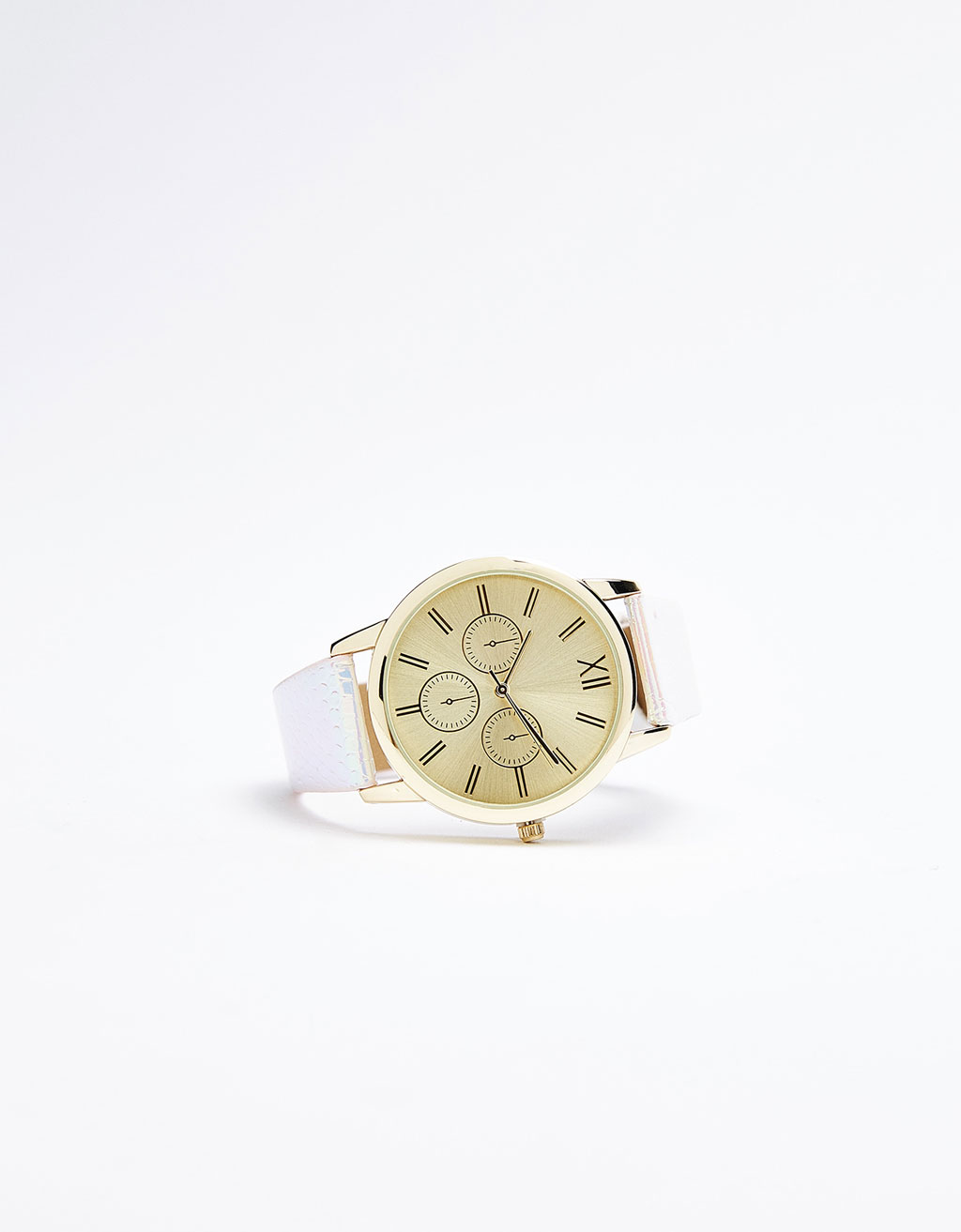 Watch with metallic strap