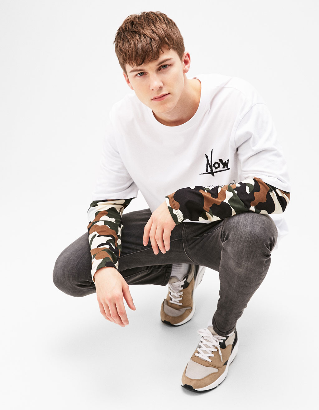 Double sleeve T-shirt with SKULL