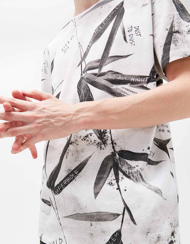 Designs print t-shirt
