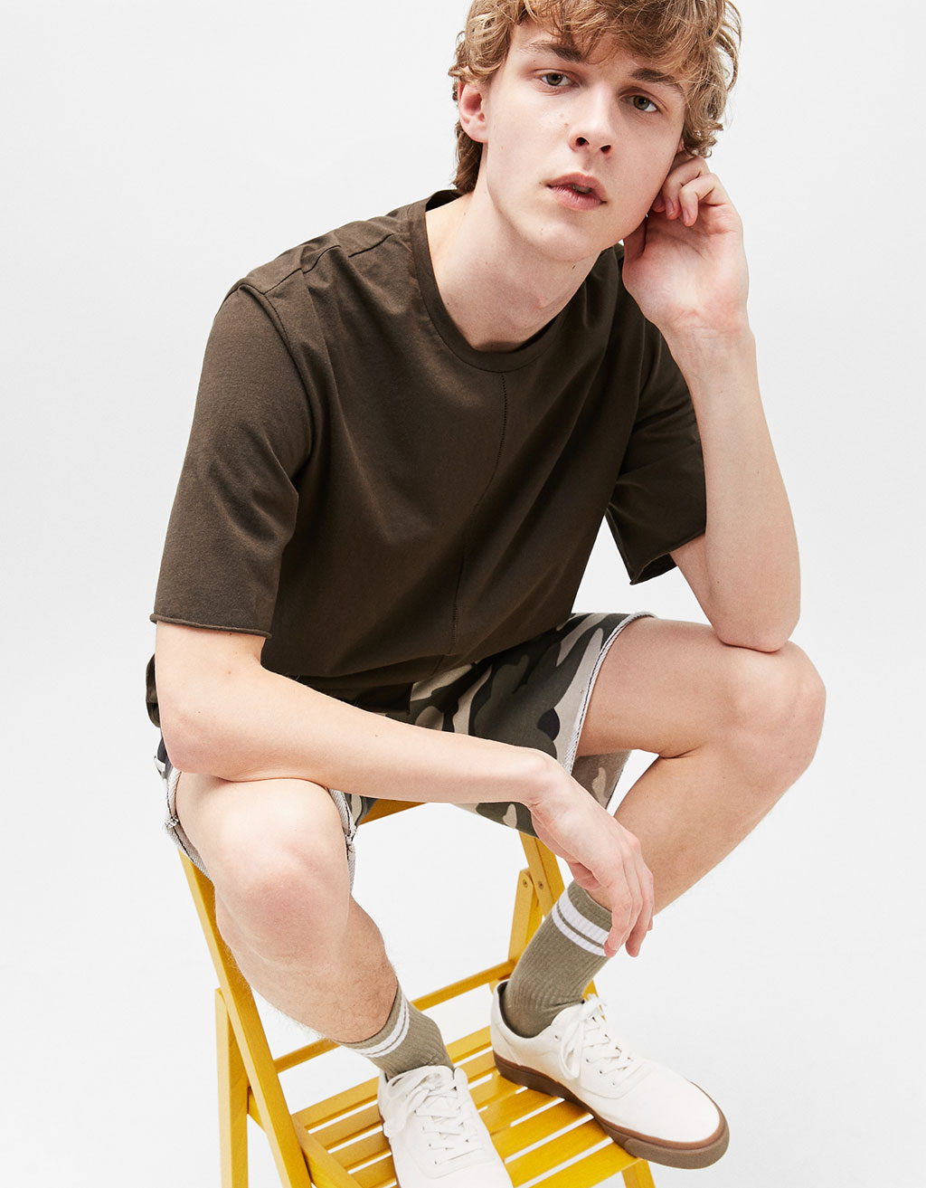 Boxy t-shirt with front asymmetric cut