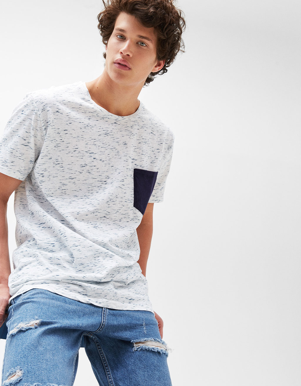 Speckled T-shirt with contrasting pocket