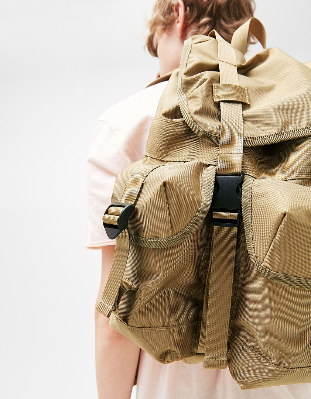 Hiking backpack with pockets