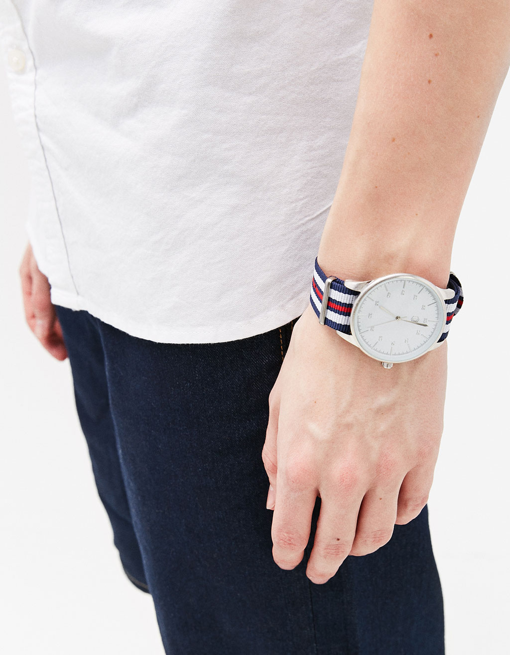 Watch with stripes
