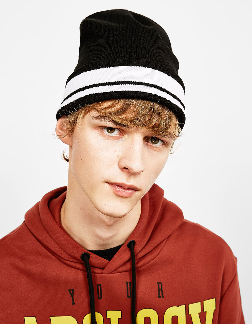 Retro sport striped beanie