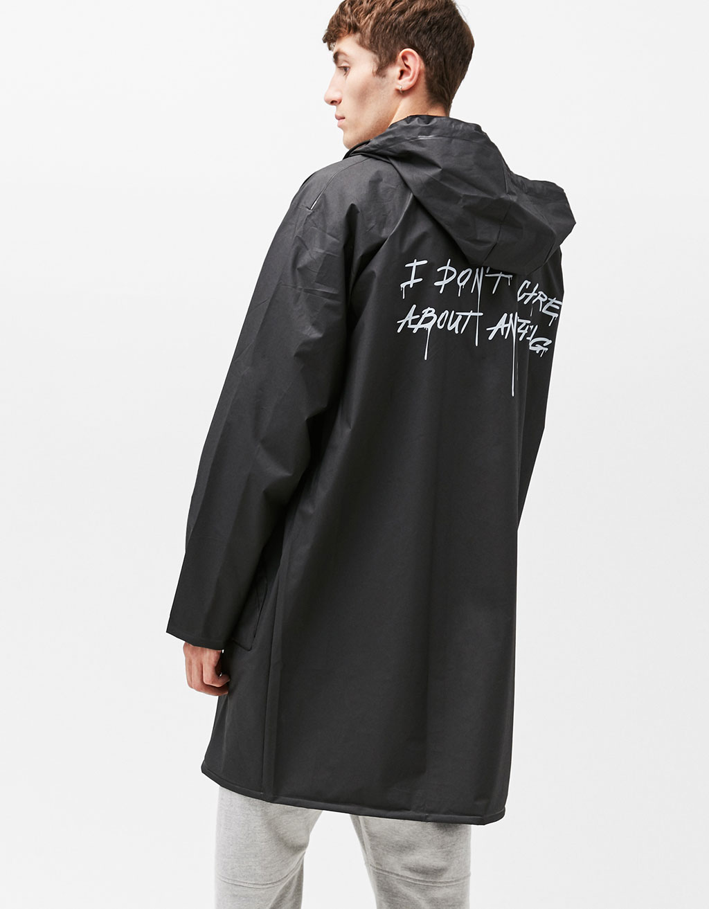 Roll-up raincoat