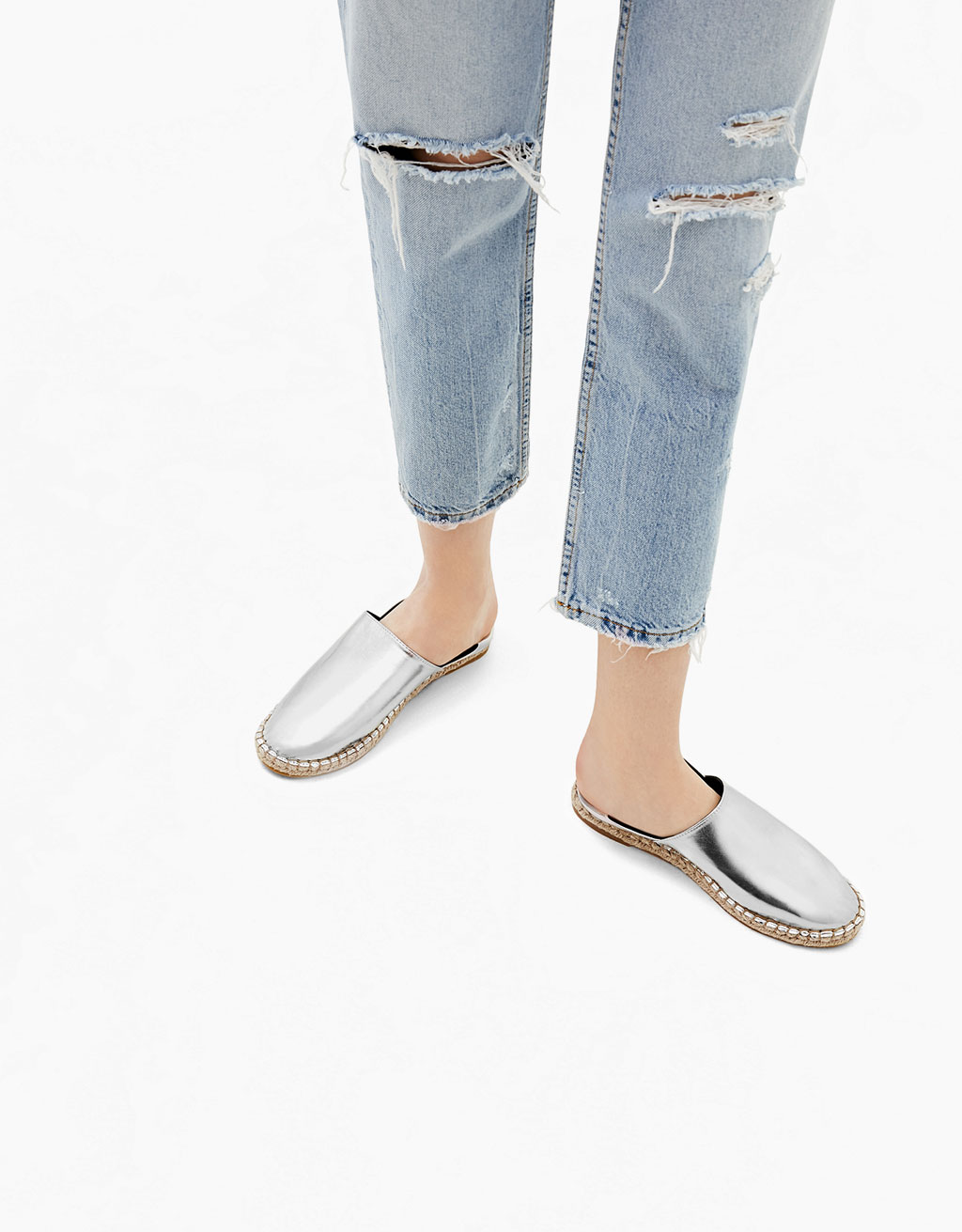 Zapato plano yute metalizado estilo babucha