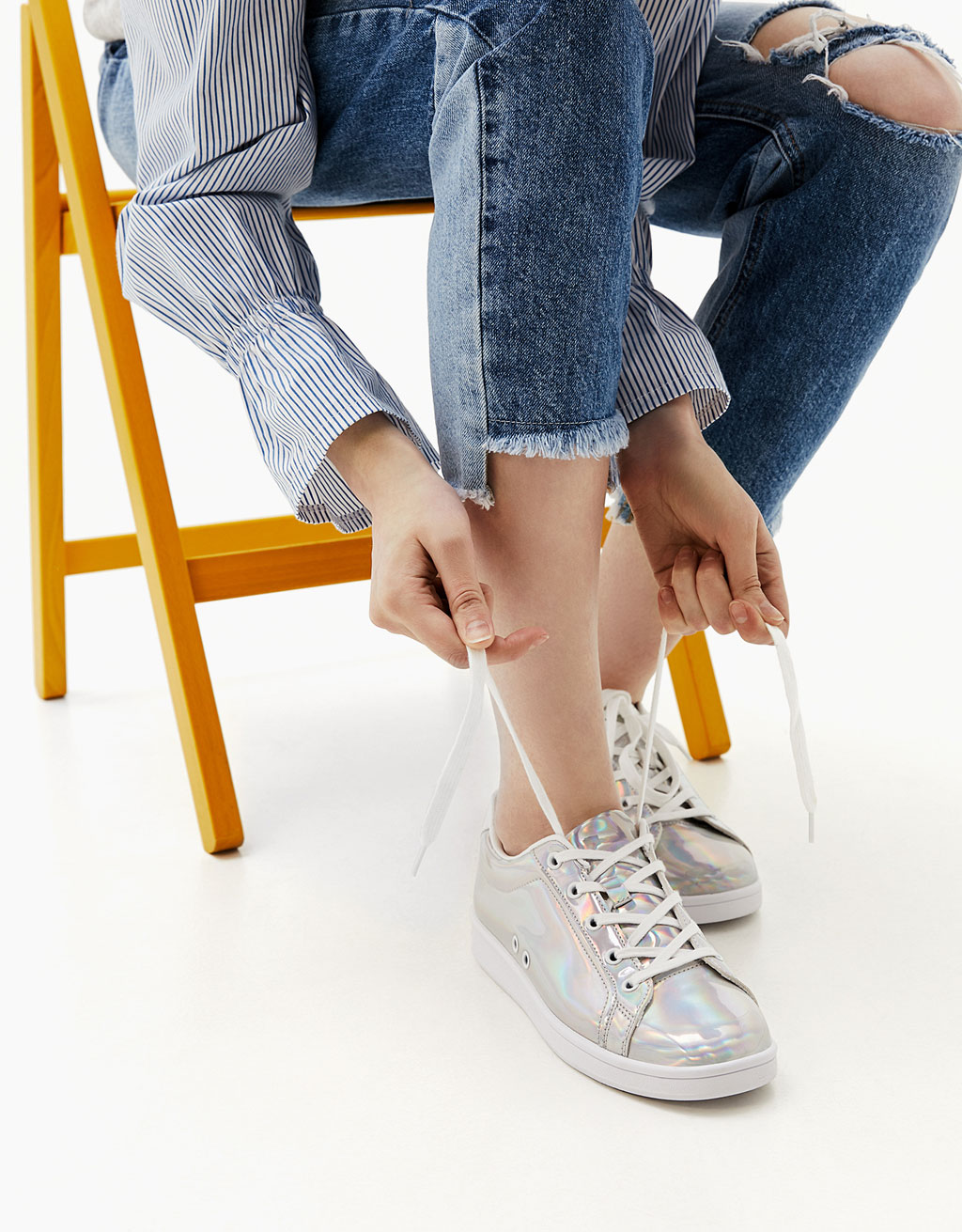 Lace-up shiny iridescent sneakers