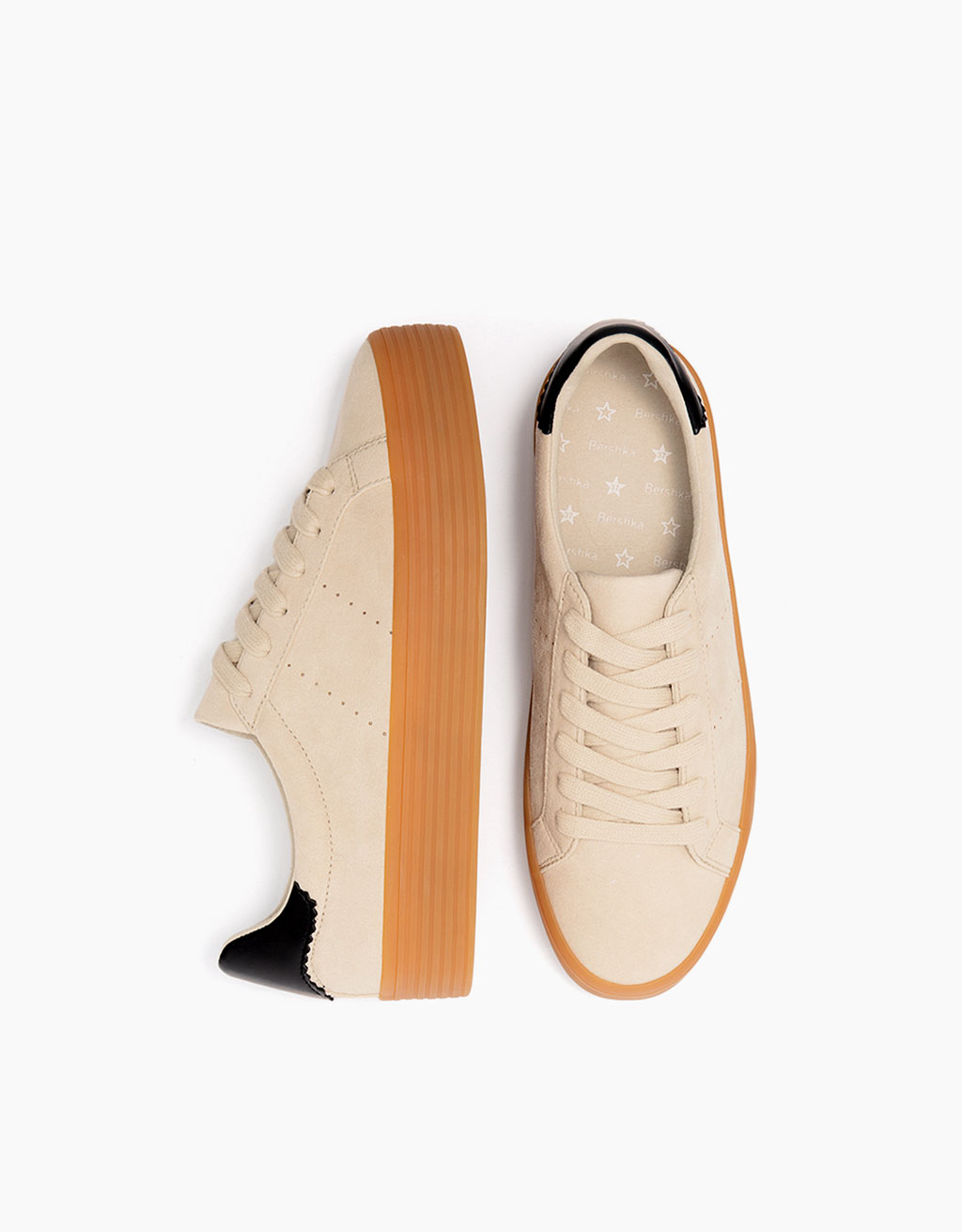 Lace-up sneakers with caramel sole
