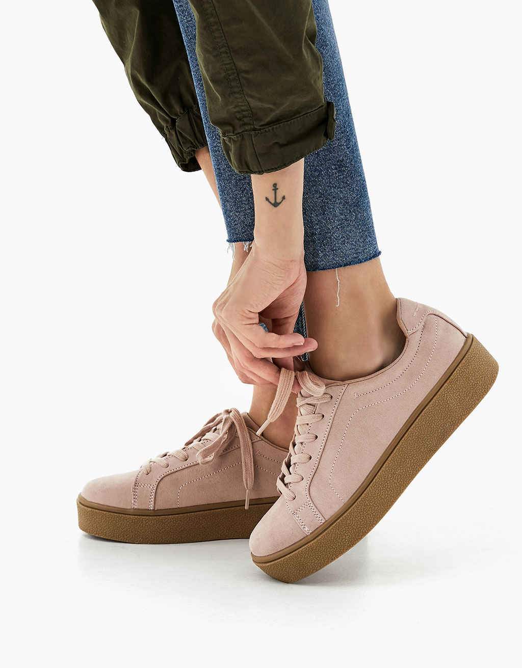 Fashion lace-up platform sneakers
