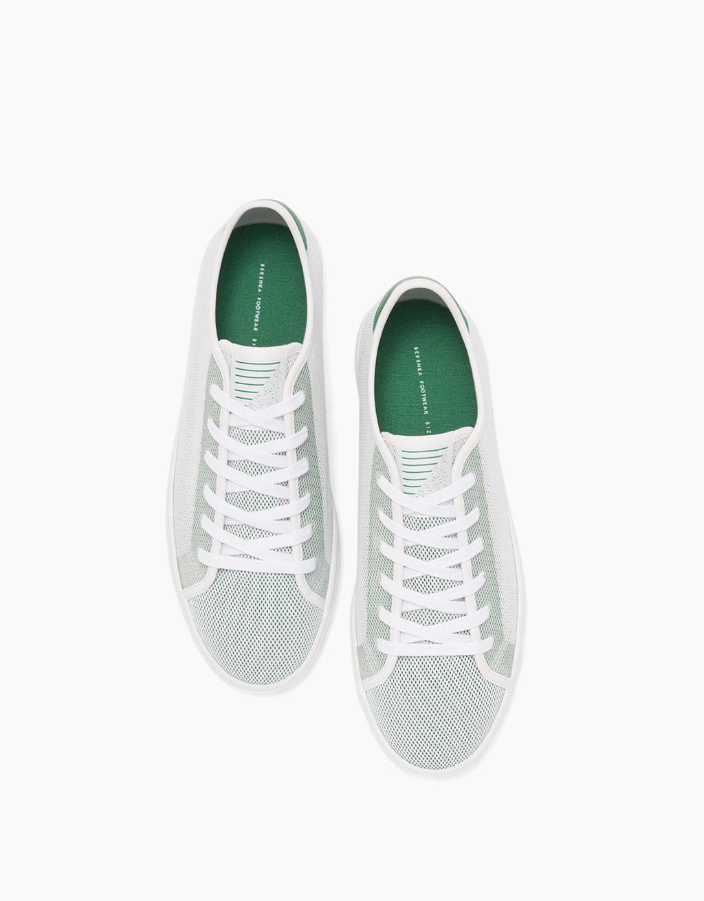 Men's mesh sneakers with coloured heel