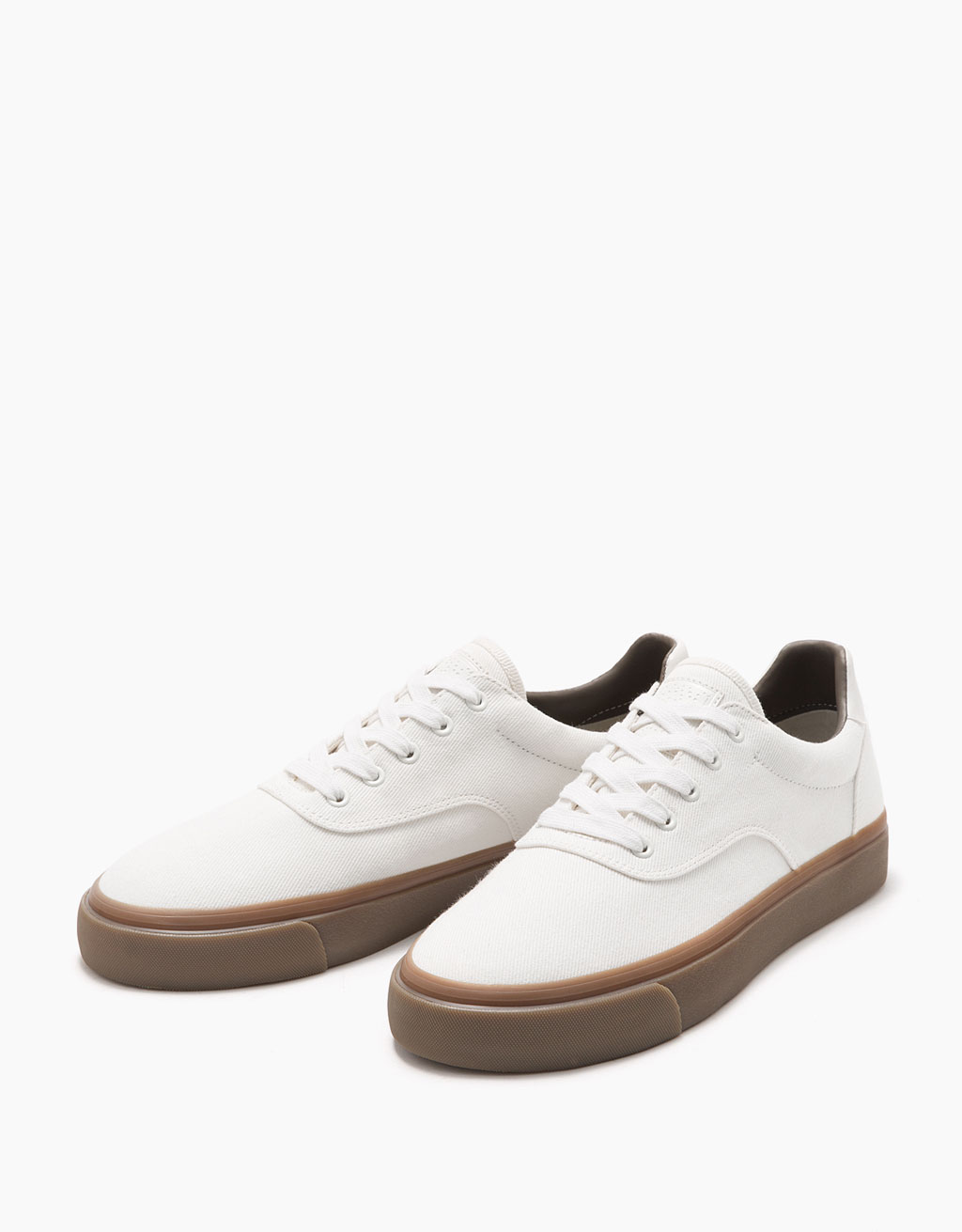 Fabric sneakers with caramel-coloured outsole
