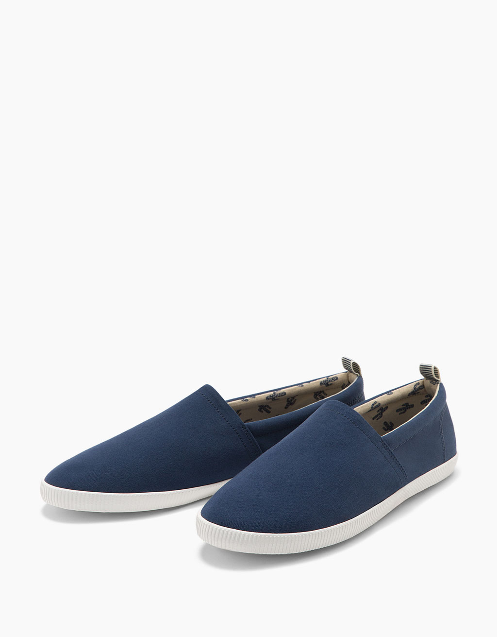 Men's fabric plimsolls without laces