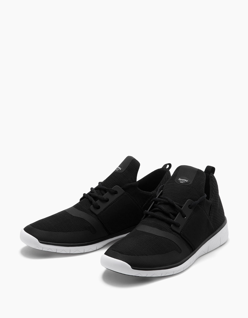 Lace-up sneakers with contrast mesh