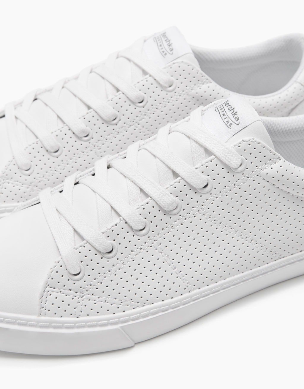 Men's perforated sneakers