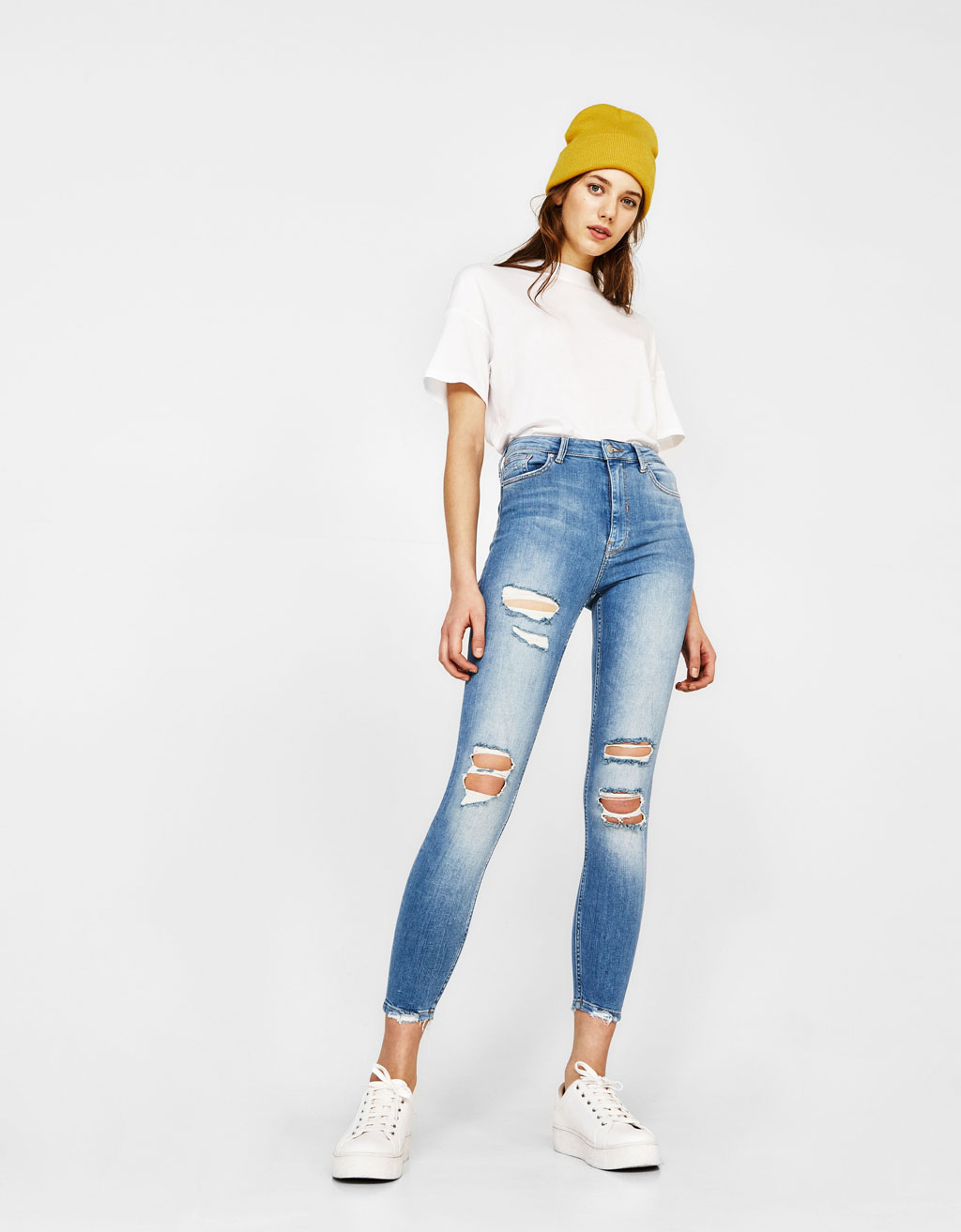 Jeans Skinny Fit High Waist con strappi