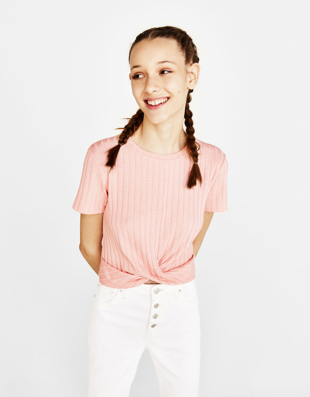 Ribbed top with front knot