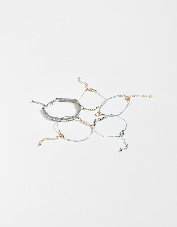 Set of 5 charm bracelets