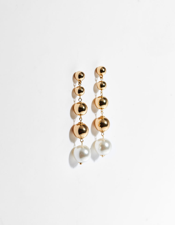 Brincos de esferas com pérolas