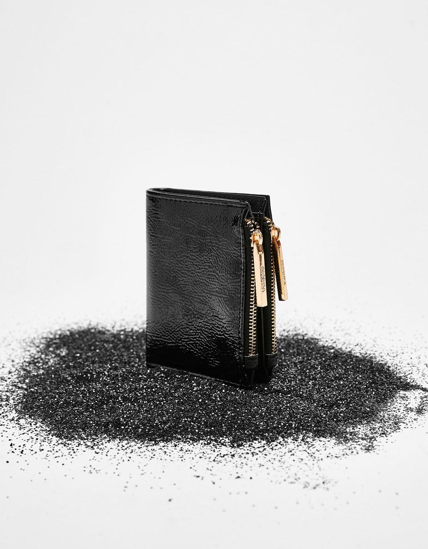Mini purse with zips