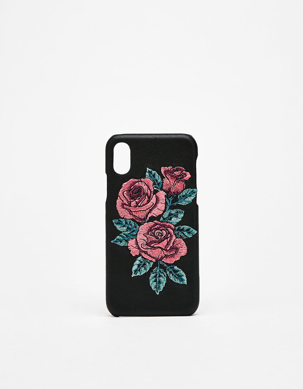 Etui z haftem w róże na iPhone X