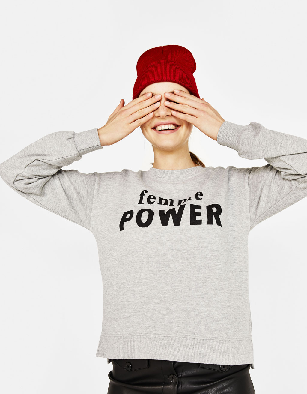Sweatshirt with slogan and side slits