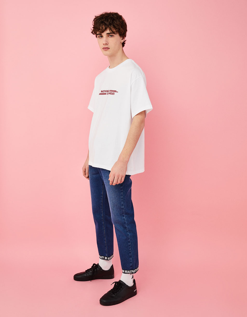 Slim fit jeans with contrasting trim