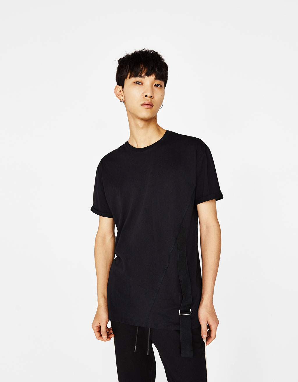 Camiseta con tira y anilla