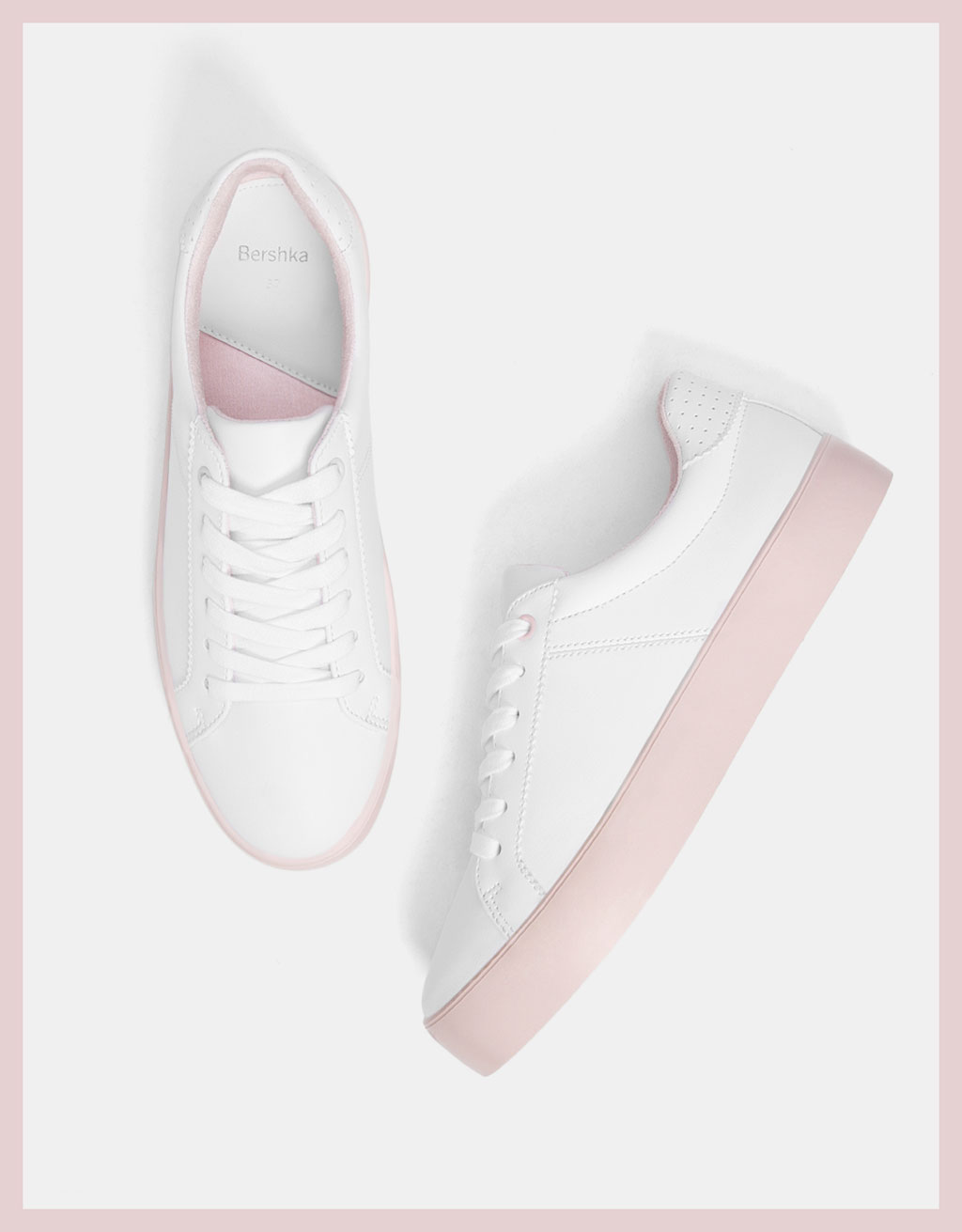 Platform sneakers with pink soles