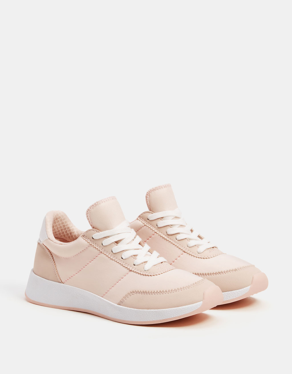 Contrasting fabric sneakers