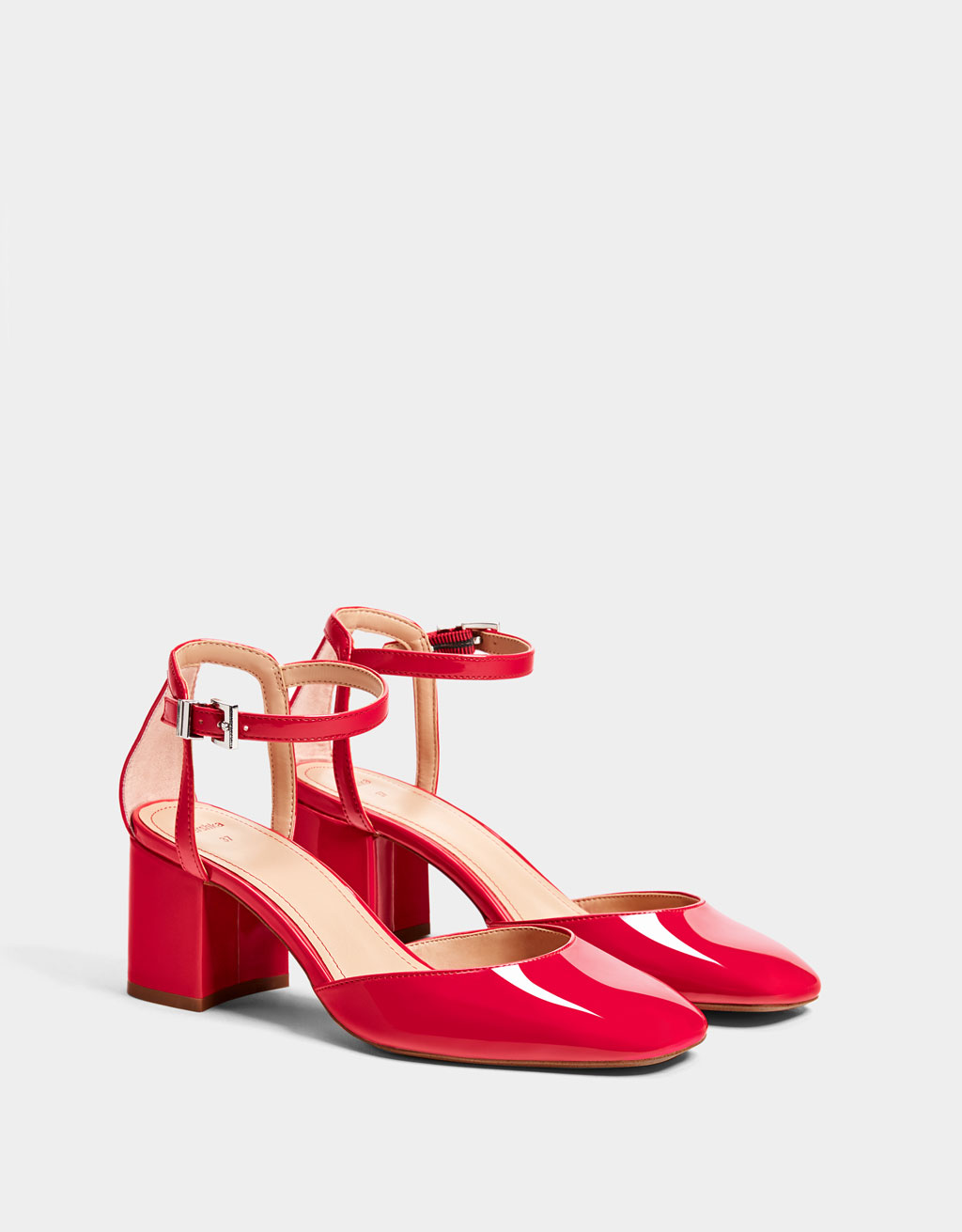 Faux red patent leather mid-heel shoes