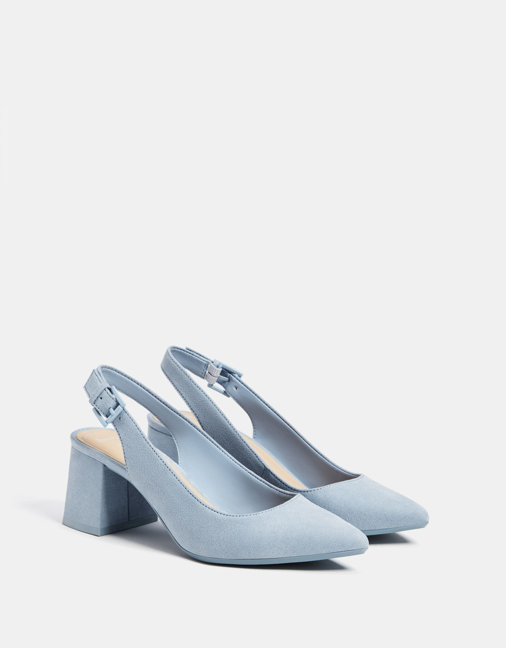 Blue slingback mid-heel shoes