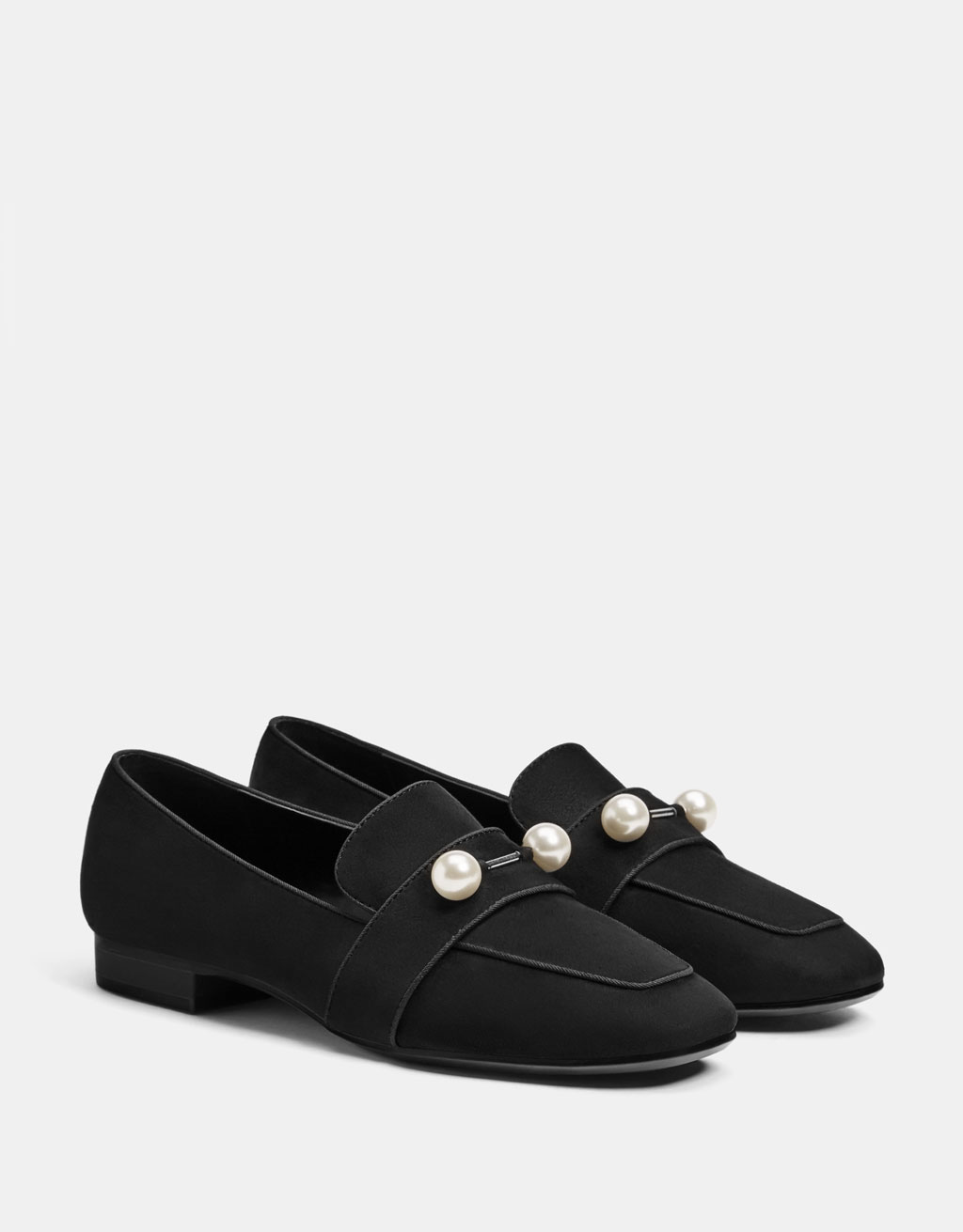 Pearly loafers