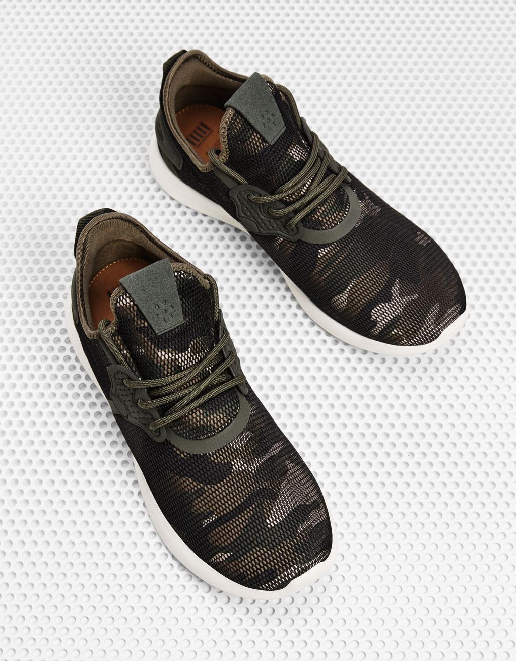 Men's camouflage mesh sneakers
