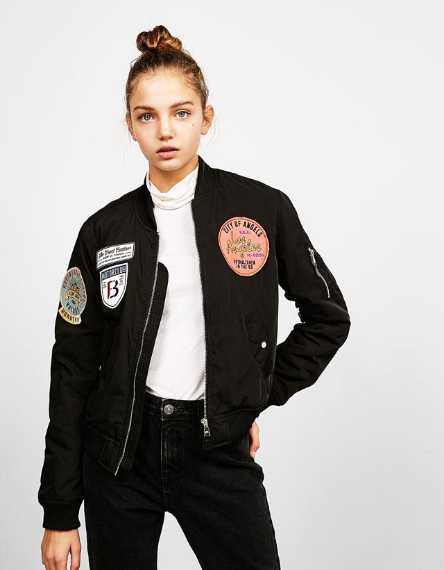 http://www.bershka.com/fr/femme/new-collection/manteaux-et-blousons/blouson-bomber-avec-patchs-bsk-c1010052079p100469514.html?colorId=800#/