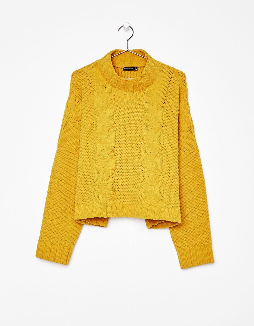 Sweater cropped com gola alta