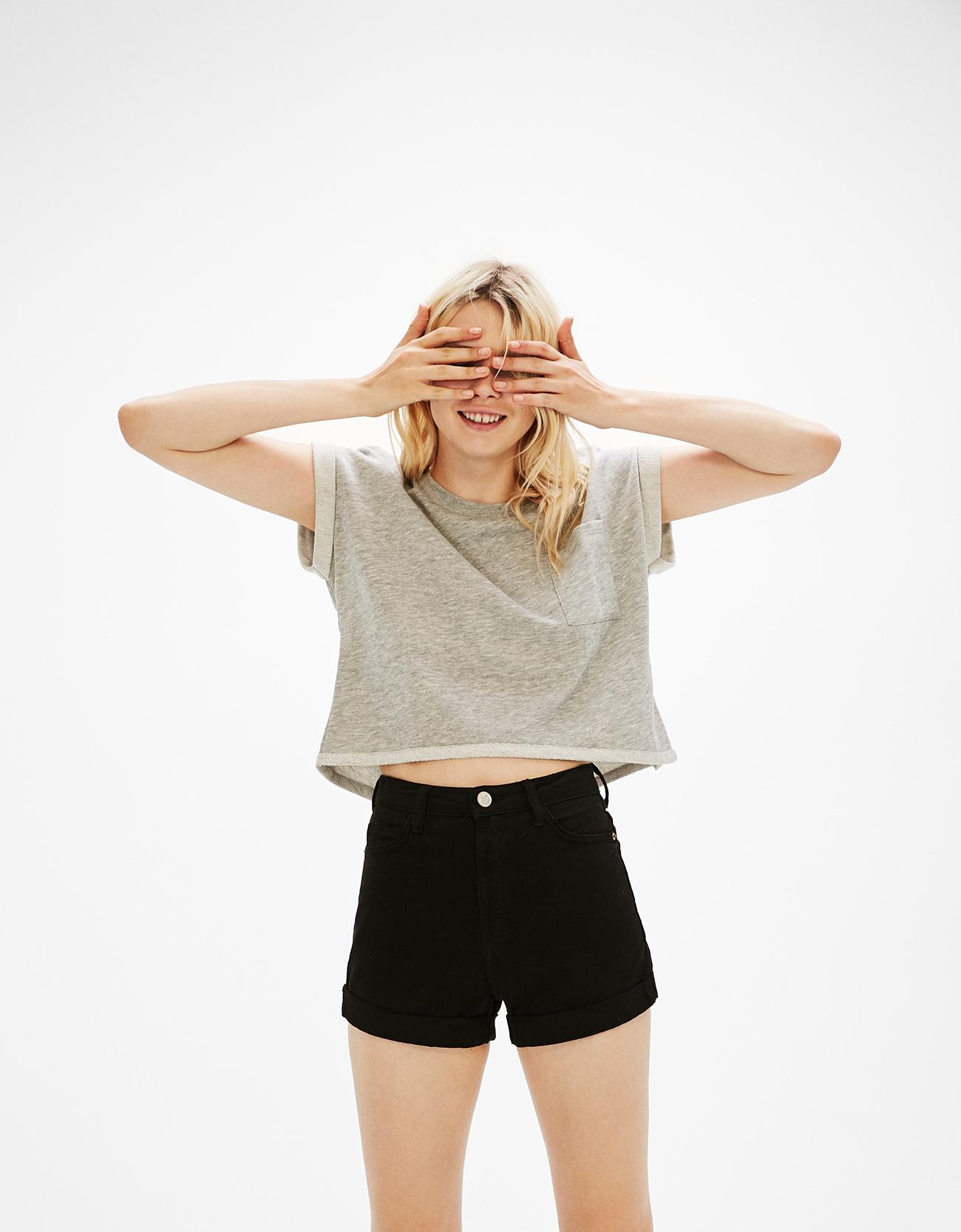 Cropped short sleeve sweater - null - Bershka Hong Kong