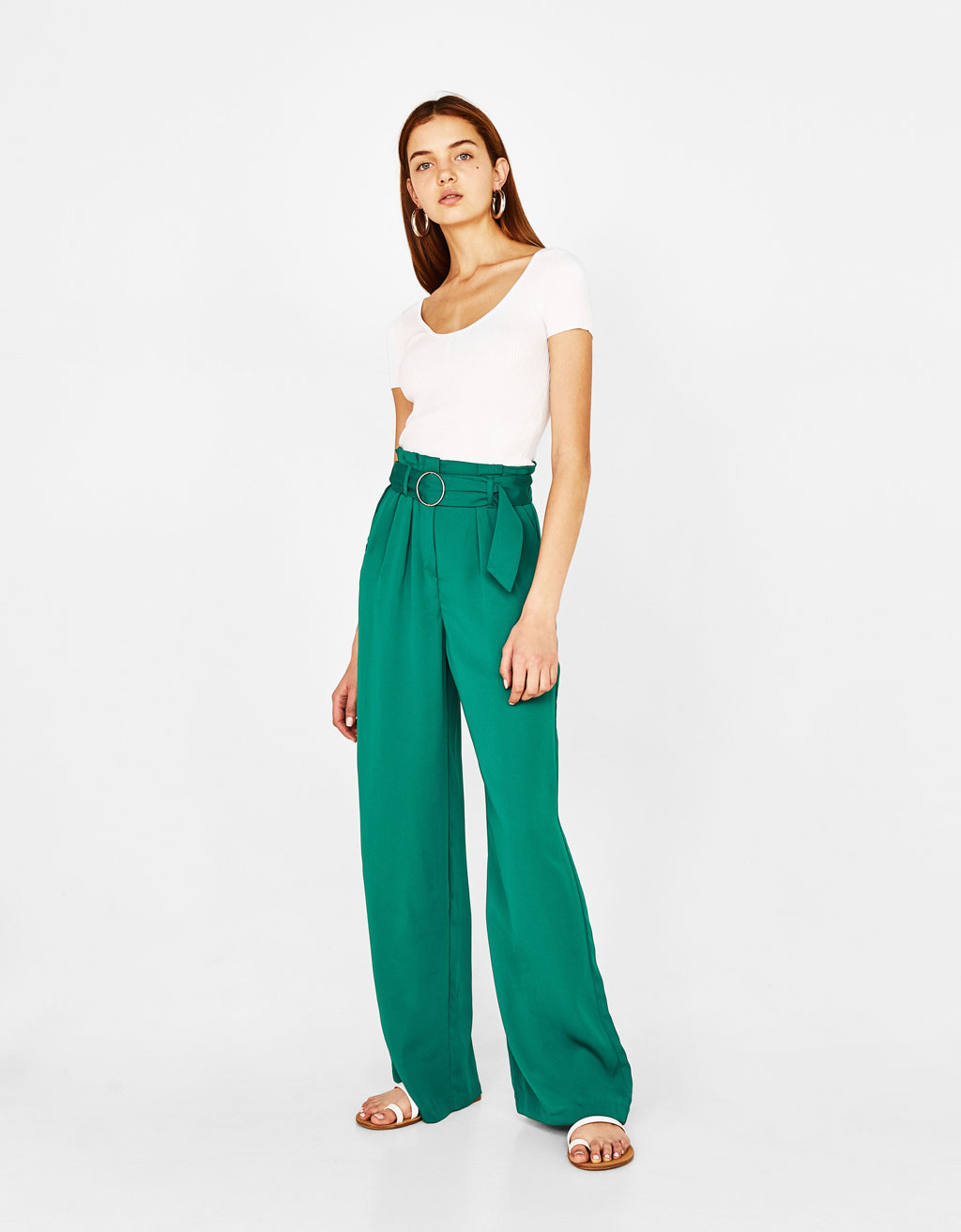 Wide-leg pants with belt