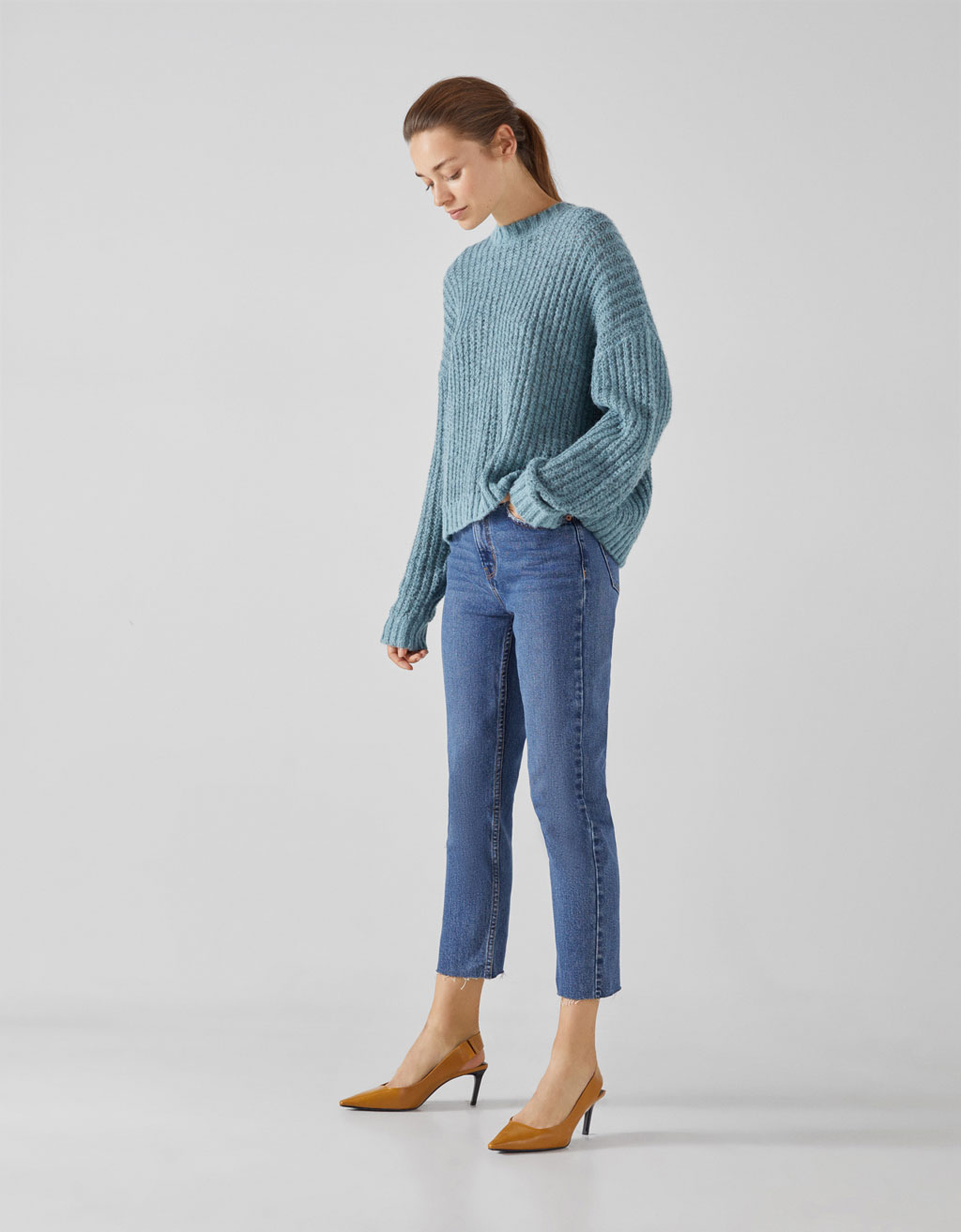 Straight cropped high waist jeans