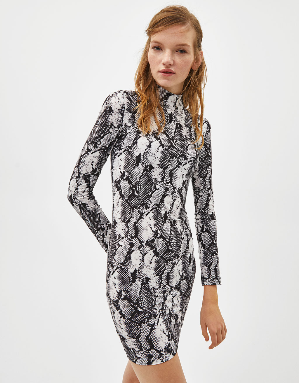 35be0d1147eb Snakeskin print dress - Dresses - Bershka Malta