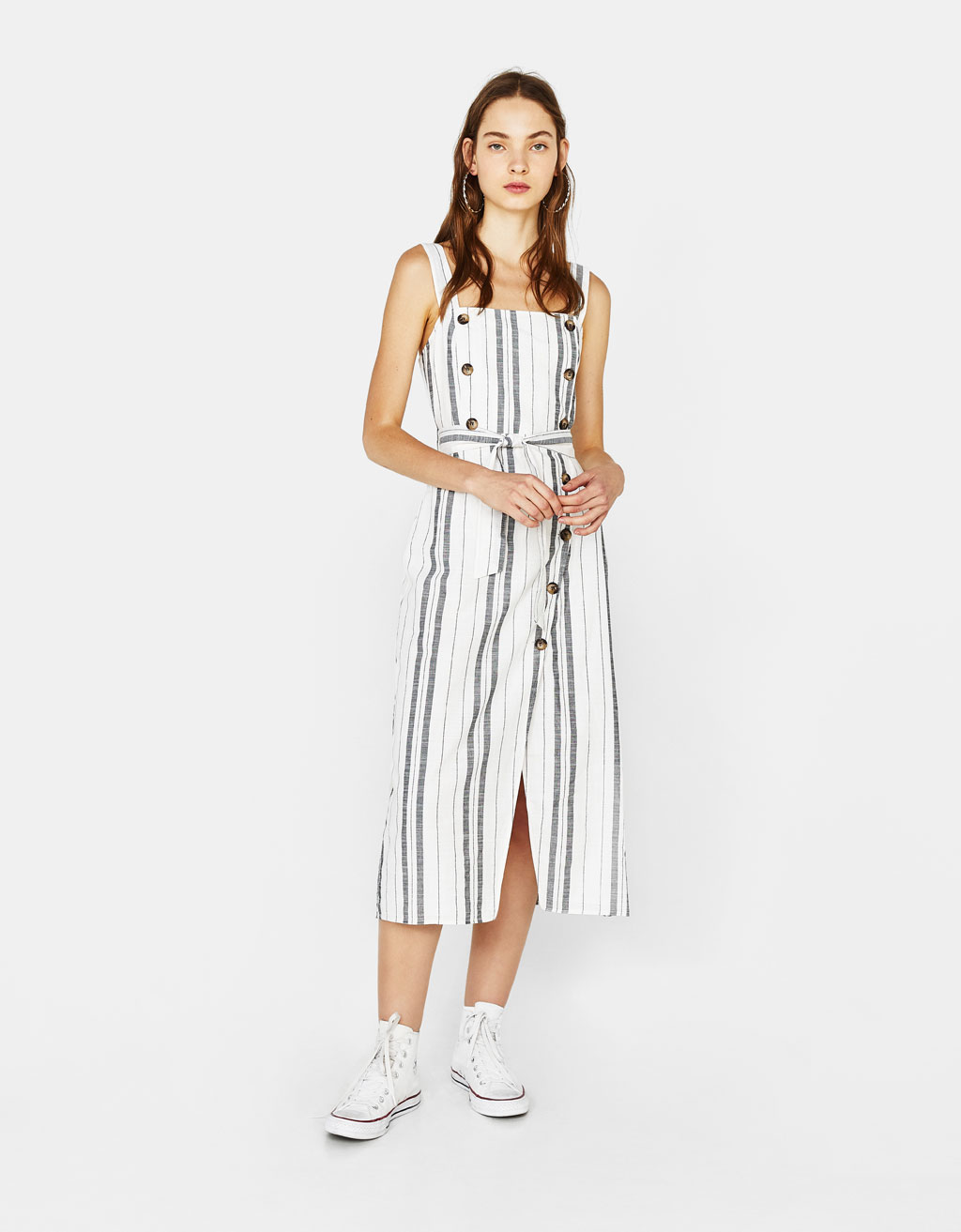 Dress with straps and belt