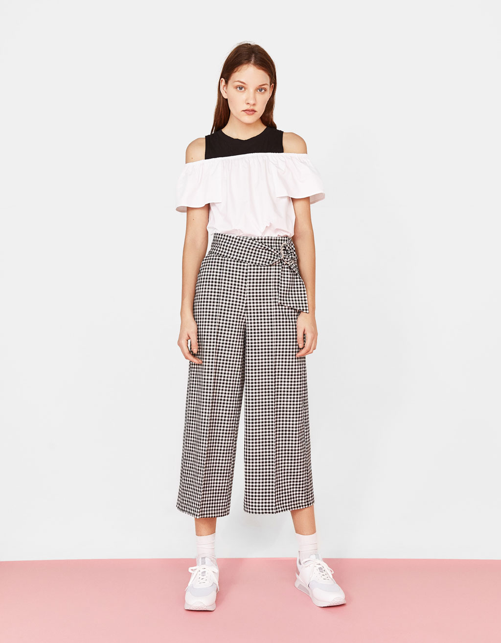 Off-the-shoulder poplin shirt