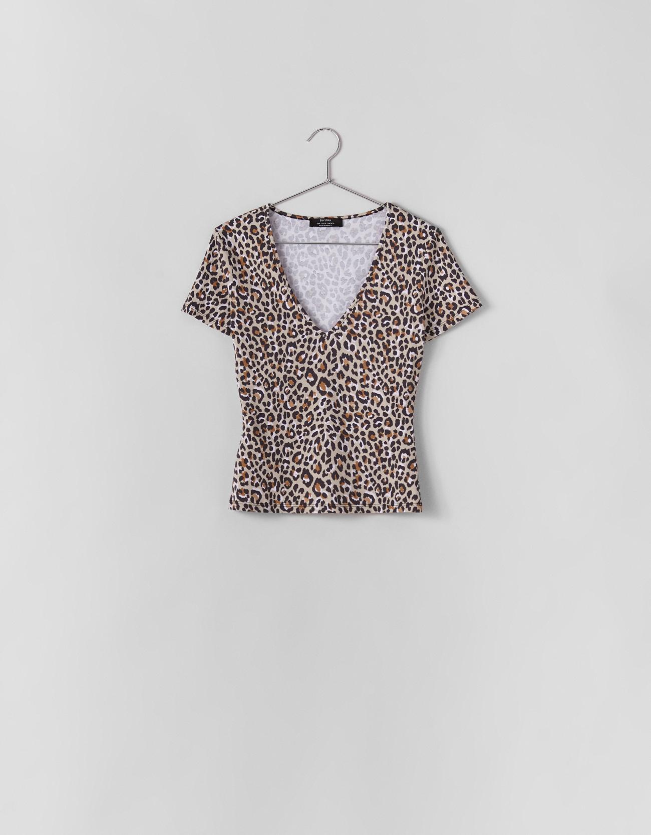 a9eaa8a2 Leopard print T-shirt - Printed - Bershka United Kingdom